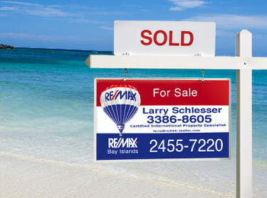Selling is easy with this Roatan Realtor