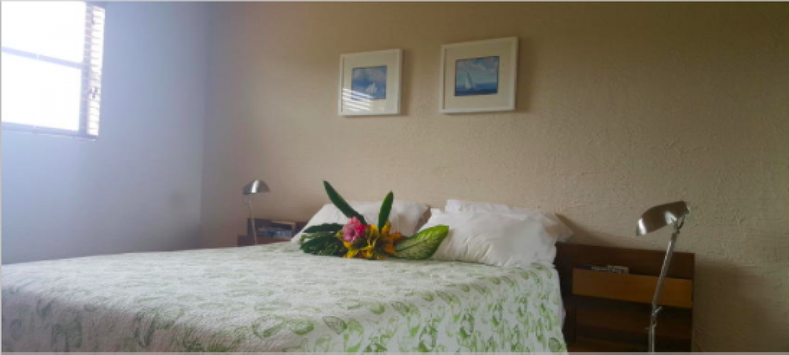 Condominium 2 bedroom/2 bathroom Fully furnished Pineapple Villas Pools x 4 Investment Rental potential Central air  Granite counter tops, superior fixtures and fittings, finishings and high-end appliances.  Gym Spa Restaurant & sports bar 24 hour security 4 community pools  Generator Golf course
