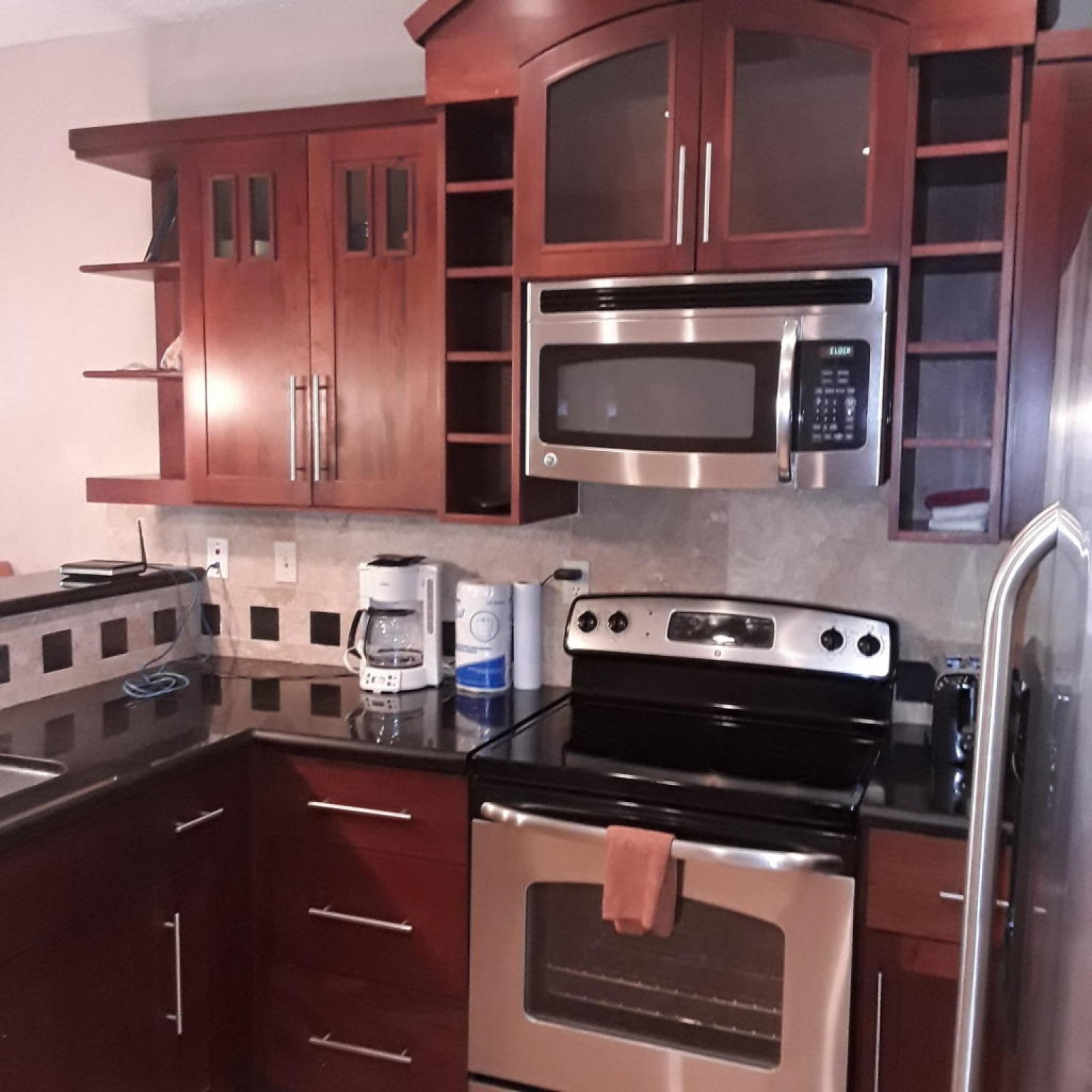 Ground floor Condo Surrounded by Amenities Pool access,  Beach Access Dive shop Gift shop Spa Luxurious design
